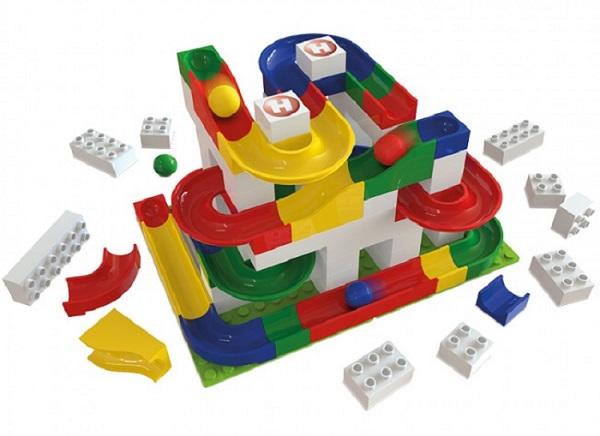 Kocke Hubelino so sestavljene iz kvalitetne plastike